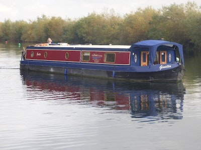 Wide Beam Narrowboat  60 x 12 by Elton Moss