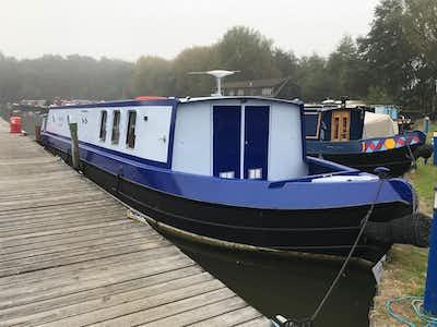 Wide Beam Narrowboat 50' x 10'