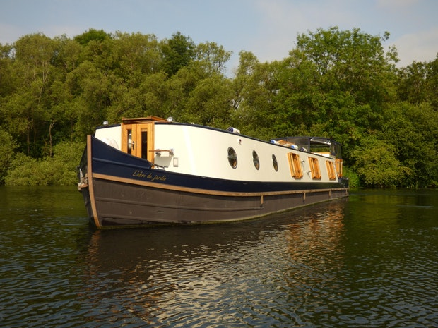 Wide Beam Narrowboat 64'x12' by Bluewater Boats
