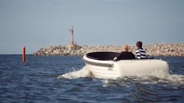 Admiral (Mariner) Boats 570 Retro