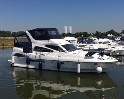 Birchwood Crusader 400 Flybridge