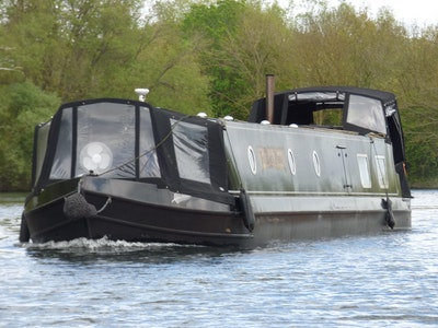 Wide Beam Narrowboat 60 x 10 by Collingwood Boats