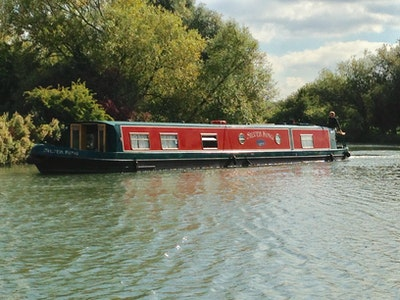 Wide Beam Narrowboat 60 x 11 by Aqualine