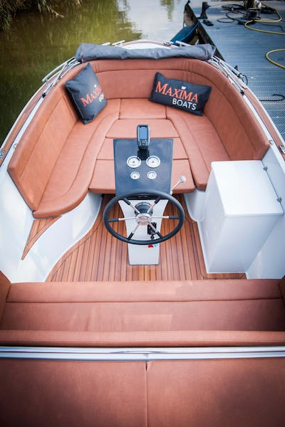 Maxima 630  - offered for sale by Tingdene Boat Sales