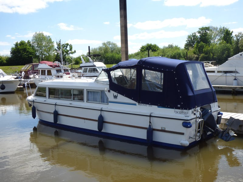 Viking28Bobcat - offered for sale by Tingdene Boat Sales
