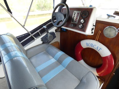 Viking 28 Bobcat - offered for sale by Tingdene Boat Sales