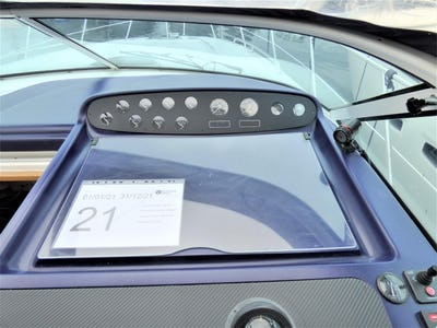 Sealine S34  Misty Blue - offered for sale by Tingdene Boat Sales