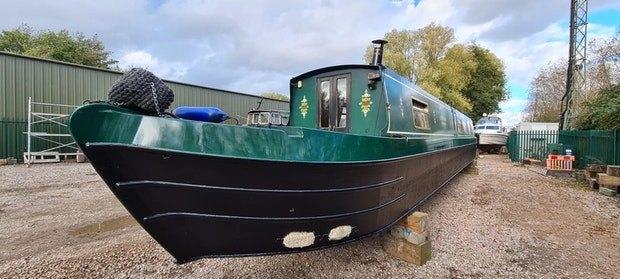 Narrowboat  Lexden Swan 58