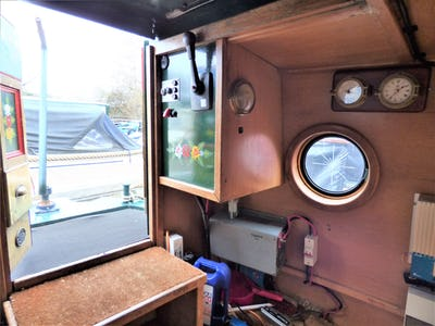 Narrowboat  Lexden Swan 58 NAT & MRS WOMAN - offered for sale by Tingdene Boat Sales