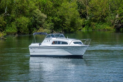 Viking24 Highline & Delivery PackNew Boat In Stock - offered for sale by Tingdene Boat Sales