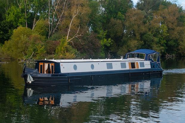 Viking Canal Boats 65 x 12 06 Beta Hybrid Drive