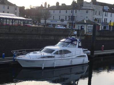 Broom 39kl Shandelise - offered for sale by Tingdene Boat Sales