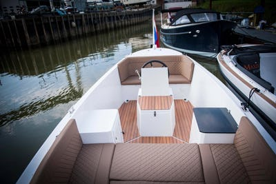 Maxima 650 Lounge  - offered for sale by Tingdene Boat Sales