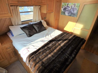 Wide Beam Narrowboat 60 x 11 Aqualine Canterbury Silver King - offered for sale by Tingdene Boat Sales