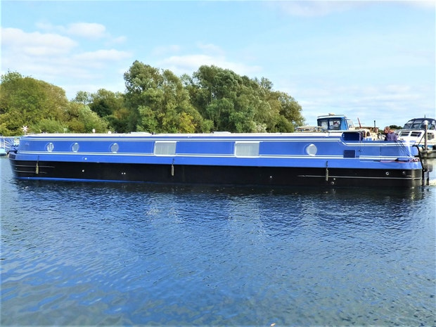 Viking Canal Boats 57 x 13 03 Widebeam Narrowboat