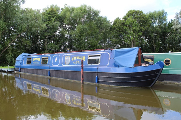Narrowboat 50' P.M Buckle Cruiser Stern