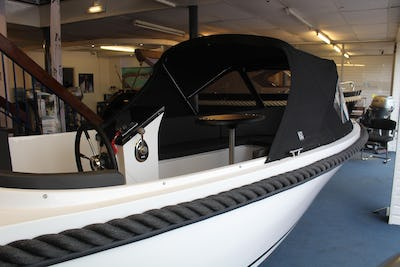 Maxima 550  - offered for sale by Tingdene Boat Sales