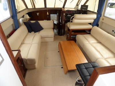 FairlineTurbo 36Premiers Crus - offered for sale by Tingdene Boat Sales