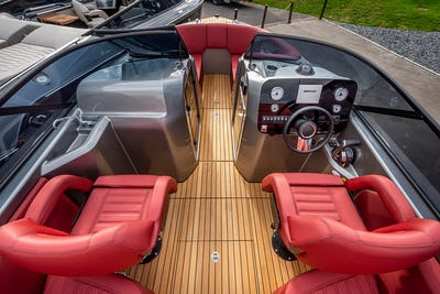 Cranchi E26 Rider Available Now - offered for sale by Tingdene Boat Sales