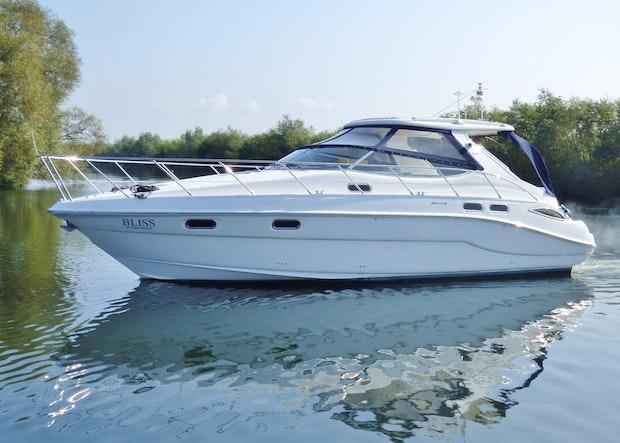 Sealine S41 Sports Cruiser