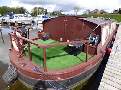 Collingwood60Cracklin Rosie - offered for sale by Tingdene Boat Sales