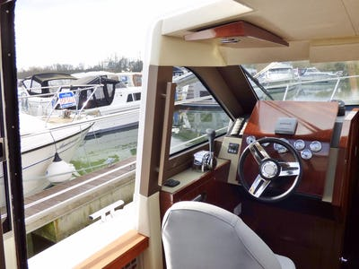 Broom35 CoupeComfortably Numb III - offered for sale by Tingdene Boat Sales