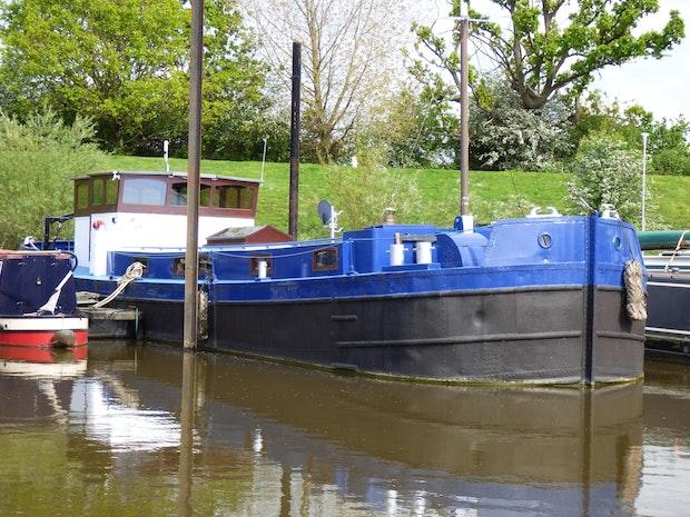 Custom John Harker Humber Keel Barge