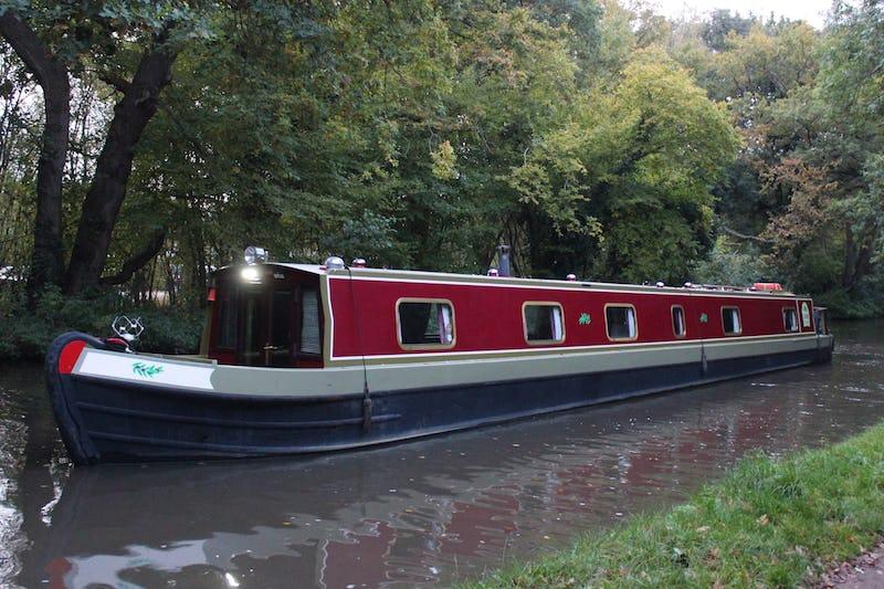 Narrowboat69' Pro-Build Cruiser SternOlive - offered for sale by Tingdene Boat Sales