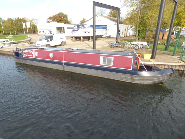 Custom Narrowboat