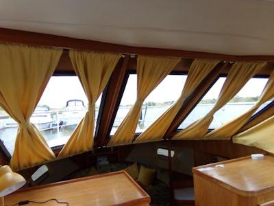 Boarncruiser365 New LineEllen C   - offered for sale by Tingdene Boat Sales
