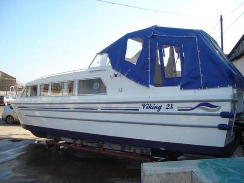 Viking28 Narrowboat HighlineNew to order - offered for sale by Tingdene Boat Sales