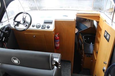 Viking24 Hi LineViking Venturer - offered for sale by Tingdene Boat Sales