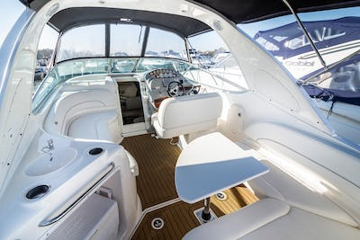 Bayliner 315 Pegasus II - offered for sale by Tingdene Boat Sales