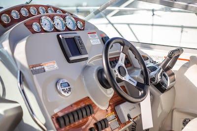 Bayliner315Pegasus II - offered for sale by Tingdene Boat Sales