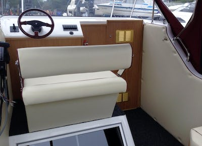 Viking 255 New to order - offered for sale by Tingdene Boat Sales