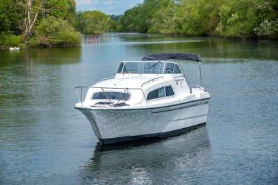 Viking24 HighlineNew to order - offered for sale by Tingdene Boat Sales