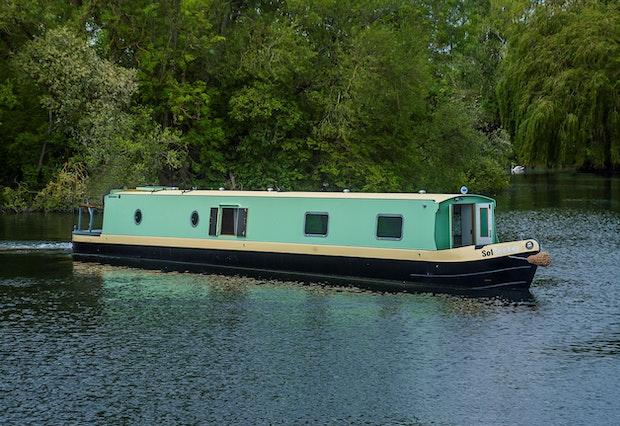 Sol Seeker Narrowboats 45 to 60'