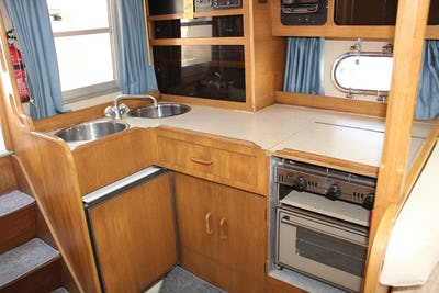Princess286 RivieraAlcyon - offered for sale by Tingdene Boat Sales