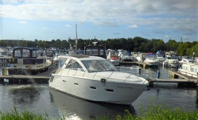 SealineSC35Previously Supertramp - offered for sale by Tingdene Boat Sales