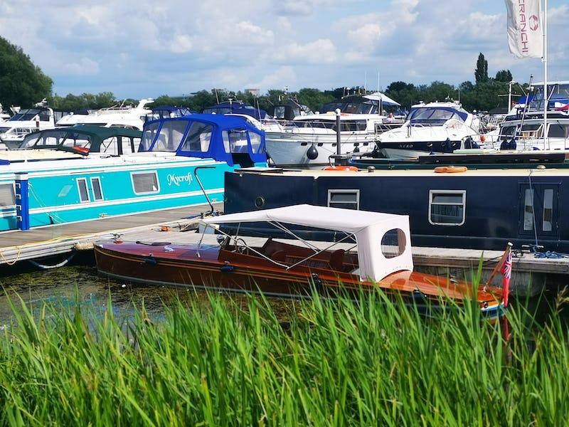 Classic CraftAndrewsLakshmi - offered for sale by Tingdene Boat Sales