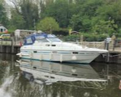 Sealine328 SovereignWhite Tiger - offered for sale by Tingdene Boat Sales