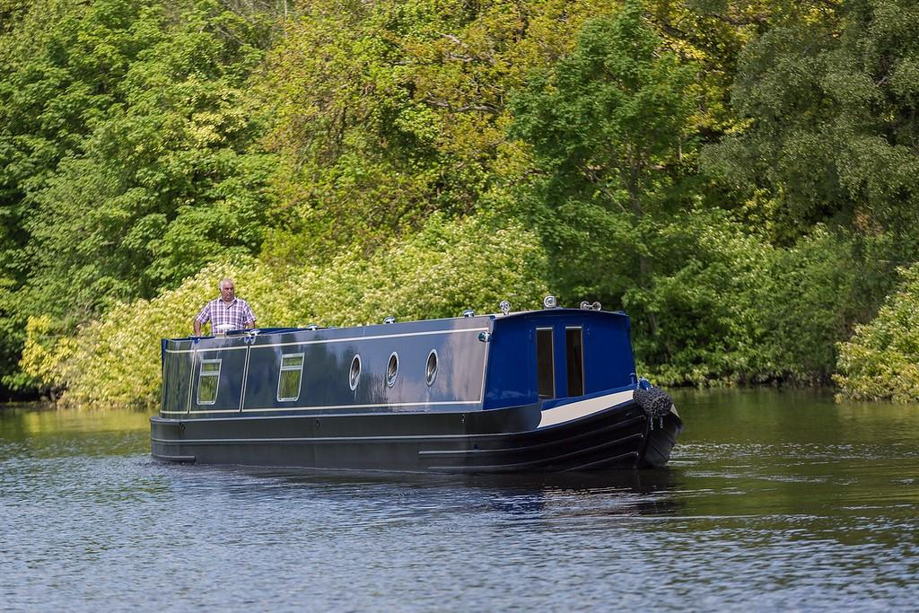 barge yacht. Narrowboat 3 way switch panel river cruiser canal