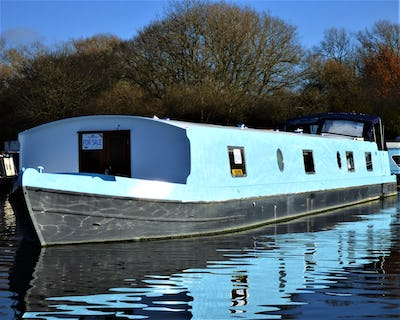 Wide Beam Narrowboat Collingwood  65 x 12'06