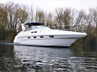 SealineS37 Sports CruiserPrevious Name kept by vendor - offered for sale by Tingdene Boat Sales