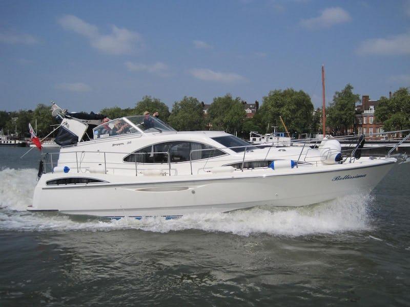 Broom39klBellissima - offered for sale by Tingdene Boat Sales