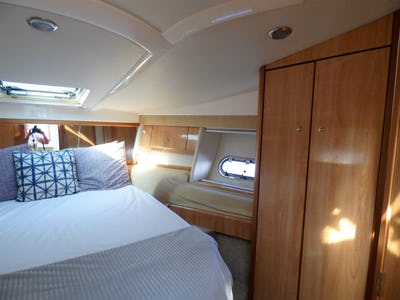 SealineS41 Sports CruiserAquaholic of London - offered for sale by Tingdene Boat Sales