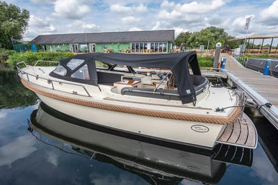 InterboatIntercruiser 27Un Named - offered for sale by Tingdene Boat Sales
