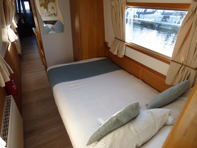 Narrowboat 58'Reeves Black Prince Duchess Gina 2 - offered for sale by Tingdene Boat Sales