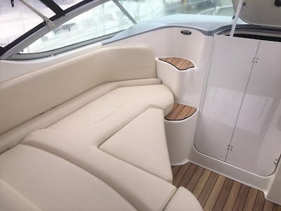 Bayliner 285 Cruiser 'Indulgence' - offered for sale by Tingdene Boat Sales