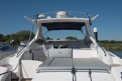 Astondoa40 Open'Aventura' - offered for sale by Tingdene Boat Sales